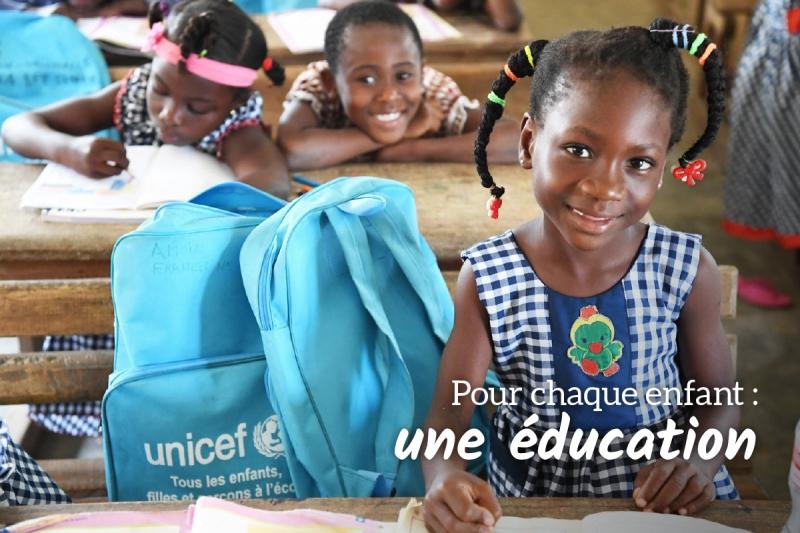 Carte de vœux des Cadeaux de surviepour l'éducation